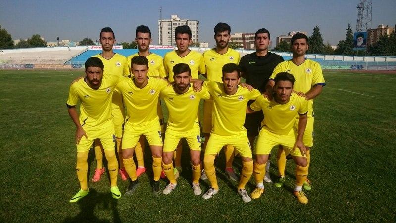 گزارش تصویری بازی نفت تهران-نفت
